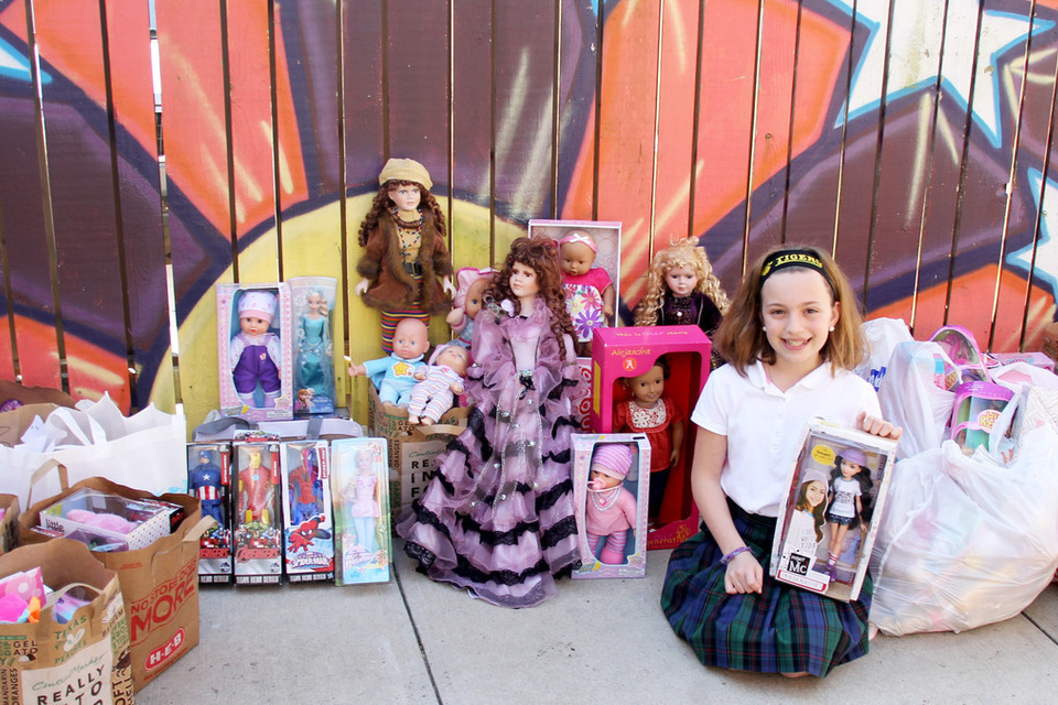 Young Girl Collects Hundreds of Dolls for Houston Children